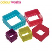 D�coupoirs gigognes carr�s cannel�s Colourworks x5